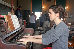 Bridenbaugh Organist